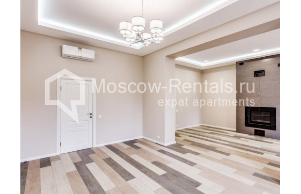 "Photo #5 House <u>for a long-term rent</u> (<a href=""http://moscow-rentals.ru/en/articles/long-term-rent"" target=""_blank"">FAQ</a>)    in Russia, Moscow, Nezhinskaya str, 14 К 2"