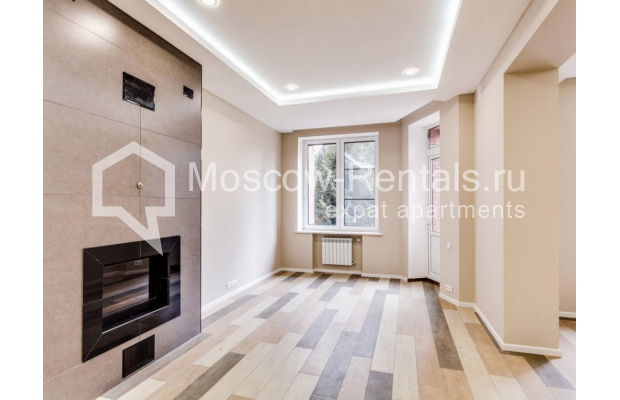 "Photo #6 House <u>for a long-term rent</u> (<a href=""http://moscow-rentals.ru/en/articles/long-term-rent"" target=""_blank"">FAQ</a>)    in Russia, Moscow, Nezhinskaya str, 14 К 2"