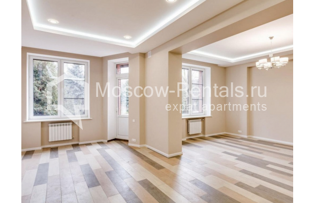 "Photo #7 House <u>for a long-term rent</u> (<a href=""http://moscow-rentals.ru/en/articles/long-term-rent"" target=""_blank"">FAQ</a>)    in Russia, Moscow, Nezhinskaya str, 14 К 2"