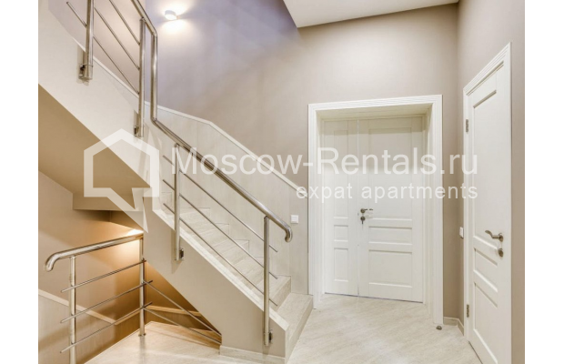 "Photo #8 House <u>for a long-term rent</u> (<a href=""http://moscow-rentals.ru/en/articles/long-term-rent"" target=""_blank"">FAQ</a>)    in Russia, Moscow, Nezhinskaya str, 14 К 2"