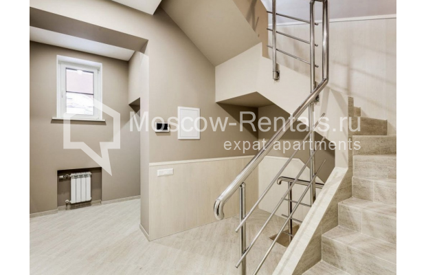"Photo #9 House <u>for a long-term rent</u> (<a href=""http://moscow-rentals.ru/en/articles/long-term-rent"" target=""_blank"">FAQ</a>)    in Russia, Moscow, Nezhinskaya str, 14 К 2"