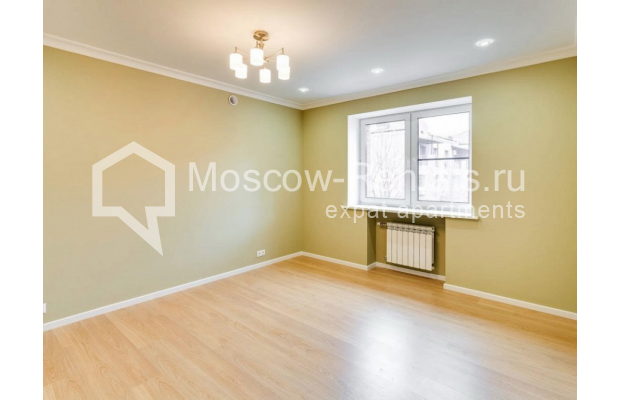 "Photo #11 House <u>for a long-term rent</u> (<a href=""http://moscow-rentals.ru/en/articles/long-term-rent"" target=""_blank"">FAQ</a>)    in Russia, Moscow, Nezhinskaya str, 14 К 2"