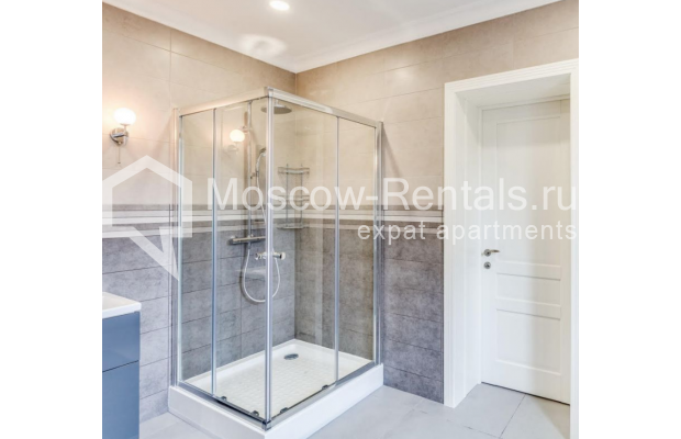 "Photo #14 House <u>for a long-term rent</u> (<a href=""http://moscow-rentals.ru/en/articles/long-term-rent"" target=""_blank"">FAQ</a>)    in Russia, Moscow, Nezhinskaya str, 14 К 2"