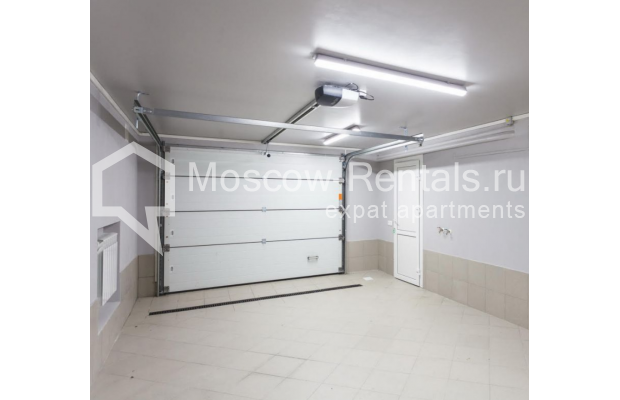 "Photo #18 House <u>for a long-term rent</u> (<a href=""http://moscow-rentals.ru/en/articles/long-term-rent"" target=""_blank"">FAQ</a>)    in Russia, Moscow, Nezhinskaya str, 14 К 2"