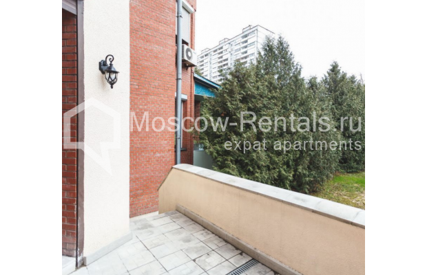 "Photo #23 House <u>for a long-term rent</u> (<a href=""http://moscow-rentals.ru/en/articles/long-term-rent"" target=""_blank"">FAQ</a>)    in Russia, Moscow, Nezhinskaya str, 14 К 2"