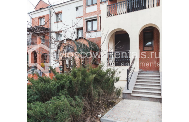 "Photo #26 House <u>for a long-term rent</u> (<a href=""http://moscow-rentals.ru/en/articles/long-term-rent"" target=""_blank"">FAQ</a>)    in Russia, Moscow, Nezhinskaya str, 14 К 2"