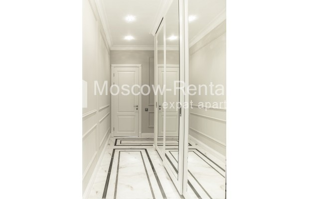 "Photo #21 5-room (4 BR) apartment for <a href=""http://moscow-rentals.ru/en/articles/long-term-rent"" target=""_blank"">a long-term</a> rent  in Russia, Moscow, Efremova str, 10 с 1"