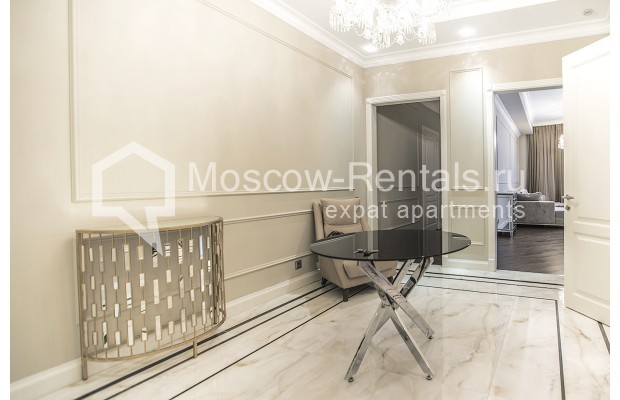 "Photo #20 5-room (4 BR) apartment for <a href=""http://moscow-rentals.ru/en/articles/long-term-rent"" target=""_blank"">a long-term</a> rent  in Russia, Moscow, Efremova str, 10 с 1"