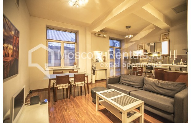 "Photo #1 2-room (1 BR) apartment <u>for a long-term rent</u> (<a href=""http://moscow-rentals.ru/en/articles/long-term-rent"" target=""_blank"">FAQ</a>)    in Russia, Moscow, Tverskaya str, 15"