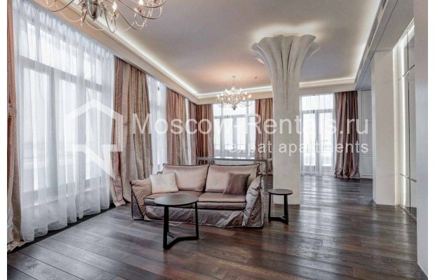 "Photo #3 4-room (3 BR) apartment <u>for a long-term rent</u> (<a href=""http://moscow-rentals.ru/en/articles/long-term-rent"" target=""_blank"">FAQ</a>)    in Russia, Moscow, Malaya Polyanka str, 2"