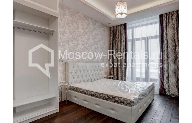 "Photo #8 4-room (3 BR) apartment <u>for a long-term rent</u> (<a href=""http://moscow-rentals.ru/en/articles/long-term-rent"" target=""_blank"">FAQ</a>)    in Russia, Moscow, Malaya Polyanka str, 2"