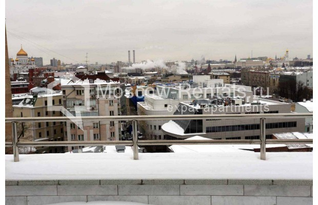 "Photo #14 4-room (3 BR) apartment <u>for a long-term rent</u> (<a href=""http://moscow-rentals.ru/en/articles/long-term-rent"" target=""_blank"">FAQ</a>)    in Russia, Moscow, Malaya Polyanka str, 2"