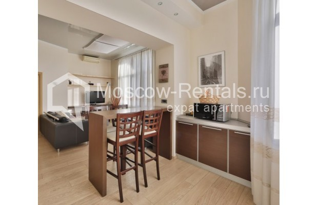 "Photo #1 2-room (1 BR) apartment <u>for a long-term rent</u> (<a href=""http://moscow-rentals.ru/en/articles/long-term-rent"" target=""_blank"">FAQ</a>)    in Russia, Moscow, Malaya Sukharevskaya str, 1 С 1"
