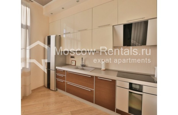 "Photo #4 2-room (1 BR) apartment <u>for a long-term rent</u> (<a href=""http://moscow-rentals.ru/en/articles/long-term-rent"" target=""_blank"">FAQ</a>)    in Russia, Moscow, Malaya Sukharevskaya str, 1 С 1"