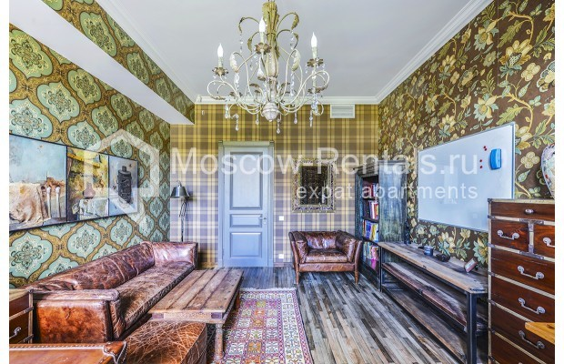 "Photo #6 House <u>for a long-term rent</u> (<a href=""http://moscow-rentals.ru/en/articles/long-term-rent"" target=""_blank"">FAQ</a>)    in Russia, Moscow, Prozorovo villate, New Riga direction"