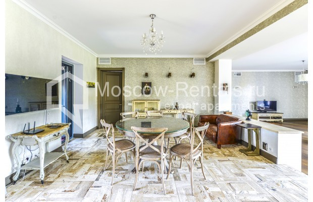 "Photo #5 House <u>for a long-term rent</u> (<a href=""http://moscow-rentals.ru/en/articles/long-term-rent"" target=""_blank"">FAQ</a>)    in Russia, Moscow, Prozorovo villate, New Riga direction"