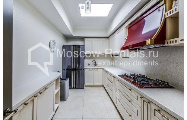 "Photo #7 House <u>for a long-term rent</u> (<a href=""http://moscow-rentals.ru/en/articles/long-term-rent"" target=""_blank"">FAQ</a>)    in Russia, Moscow, Prozorovo villate, New Riga direction"