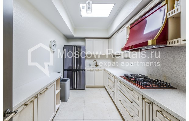 """Photo #8 House for <a href=""""http://moscow-rentals.ru/en/articles/long-term-rent"""" target=""""_blank"""">a long-term</a> rent  in Russia, Moscow, Prozorovo villate, New Riga direction"""
