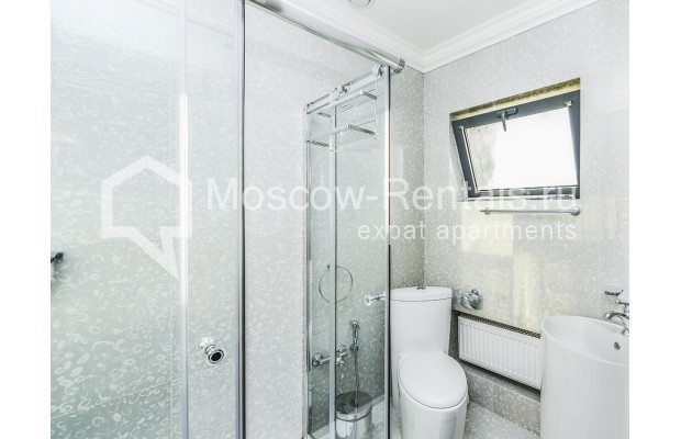 "Photo #20 House <u>for a long-term rent</u> (<a href=""http://moscow-rentals.ru/en/articles/long-term-rent"" target=""_blank"">FAQ</a>)    in Russia, Moscow, Prozorovo villate, New Riga direction"