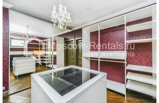 """Photo #27 House for <a href=""""http://moscow-rentals.ru/en/articles/long-term-rent"""" target=""""_blank"""">a long-term</a> rent  in Russia, Moscow, Prozorovo villate, New Riga direction"""