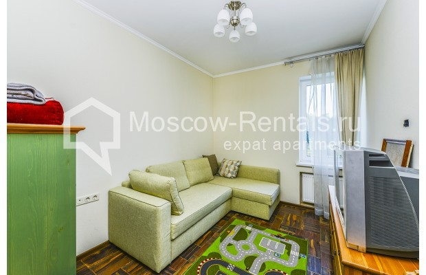 """Photo #14 House for <a href=""""http://moscow-rentals.ru/en/articles/long-term-rent"""" target=""""_blank"""">a long-term</a> rent  in Russia, Moscow, Prozorovo villate, New Riga direction"""