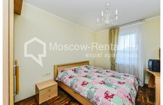 """Photo #15 House for <a href=""""http://moscow-rentals.ru/en/articles/long-term-rent"""" target=""""_blank"""">a long-term</a> rent  in Russia, Moscow, Prozorovo villate, New Riga direction"""
