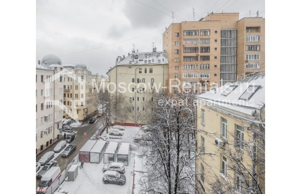 "Photo #13 3-room (2 BR) apartment for <a href=""http://moscow-rentals.ru/en/articles/long-term-rent"" target=""_blank"">a long-term</a> rent  in Russia, Moscow, Ermolaevskyi lane, 18А"