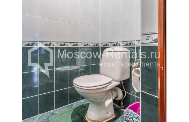 "Photo #10 3-room (2 BR) apartment for <a href=""http://moscow-rentals.ru/en/articles/long-term-rent"" target=""_blank"">a long-term</a> rent  in Russia, Moscow, Ermolaevskyi lane, 18А"