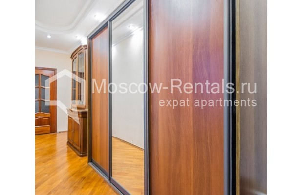 "Photo #11 3-room (2 BR) apartment for <a href=""http://moscow-rentals.ru/en/articles/long-term-rent"" target=""_blank"">a long-term</a> rent  in Russia, Moscow, Ermolaevskyi lane, 18А"
