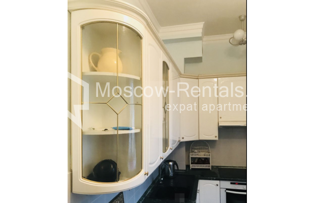 """Photo #11 3-room (2 BR) apartment for <a href=""""http://moscow-rentals.ru/en/articles/long-term-rent"""" target=""""_blank"""">a long-term</a> rent  in Russia, Moscow, Sadovaya-Kudrinskaya str, 8/12"""