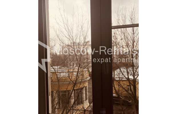 """Photo #19 3-room (2 BR) apartment for <a href=""""http://moscow-rentals.ru/en/articles/long-term-rent"""" target=""""_blank"""">a long-term</a> rent  in Russia, Moscow, Sadovaya-Kudrinskaya str, 8/12"""