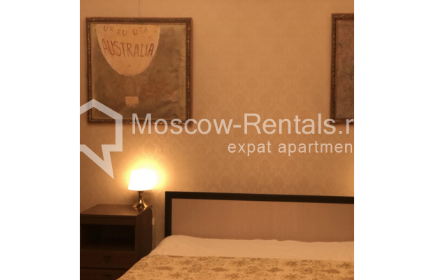 """Photo #10 3-room (2 BR) apartment for <a href=""""http://moscow-rentals.ru/en/articles/long-term-rent"""" target=""""_blank"""">a long-term</a> rent  in Russia, Moscow, Sadovaya-Kudrinskaya str, 8/12"""