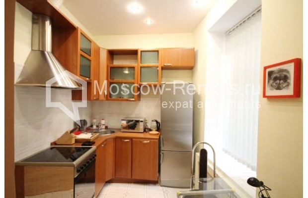"""Photo #2 2-room (1 BR) apartment <u>for a long-term rent</u> (<a href=""""http://moscow-rentals.ru/en/articles/long-term-rent"""" target=""""_blank"""">FAQ</a>)    in Russia, Moscow, Trekhprudnyi lane, 5"""