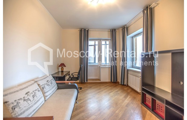 """Photo #4 2-room (1 BR) apartment for <a href=""""http://moscow-rentals.ru/en/articles/long-term-rent"""" target=""""_blank"""">a long-term</a> rent  in Russia, Moscow, Profsoyuznaya str, 104"""