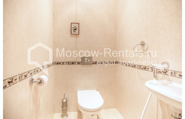 """Photo #12 2-room (1 BR) apartment for <a href=""""http://moscow-rentals.ru/en/articles/long-term-rent"""" target=""""_blank"""">a long-term</a> rent  in Russia, Moscow, Profsoyuznaya str, 104"""