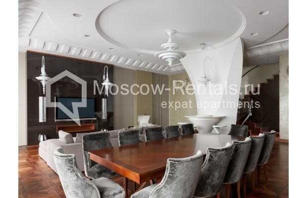 "Photo #5 7-room (6 BR) apartment <u>for a long-term rent</u> (<a href=""http://moscow-rentals.ru/en/articles/long-term-rent"" target=""_blank"">FAQ</a>)    in Russia, Moscow, Chapaevskyi lane, 3"