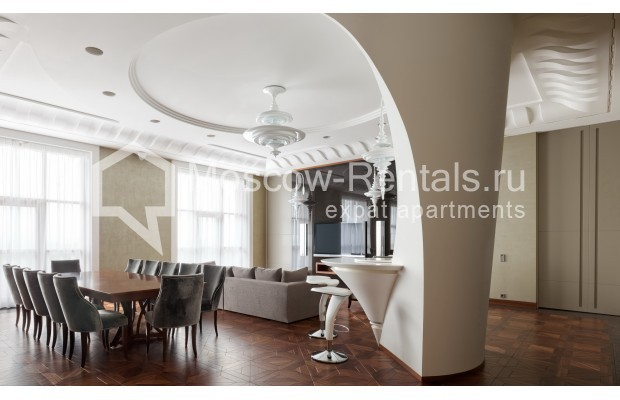 "Photo #3 7-room (6 BR) apartment <u>for a long-term rent</u> (<a href=""http://moscow-rentals.ru/en/articles/long-term-rent"" target=""_blank"">FAQ</a>)    in Russia, Moscow, Chapaevskyi lane, 3"