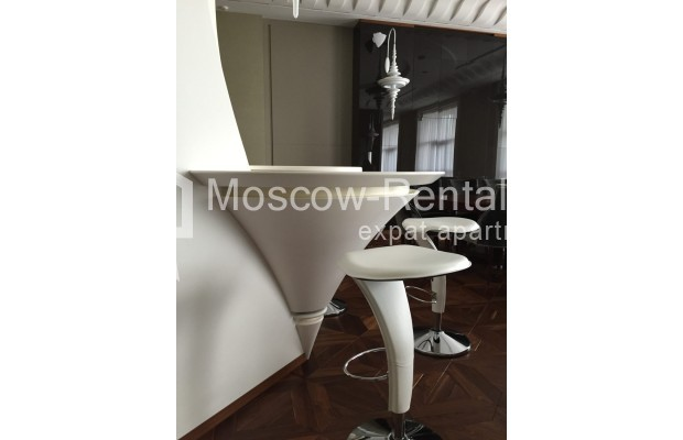 "Photo #7 7-room (6 BR) apartment <u>for a long-term rent</u> (<a href=""http://moscow-rentals.ru/en/articles/long-term-rent"" target=""_blank"">FAQ</a>)    in Russia, Moscow, Chapaevskyi lane, 3"