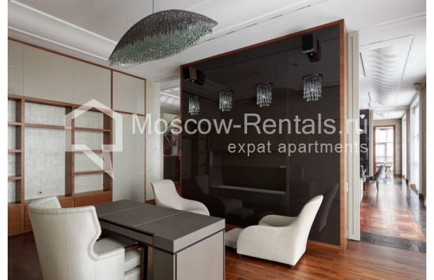 "Photo #8 7-room (6 BR) apartment <u>for a long-term rent</u> (<a href=""http://moscow-rentals.ru/en/articles/long-term-rent"" target=""_blank"">FAQ</a>)    in Russia, Moscow, Chapaevskyi lane, 3"