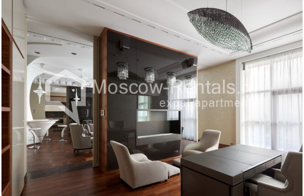 "Photo #9 7-room (6 BR) apartment <u>for a long-term rent</u> (<a href=""http://moscow-rentals.ru/en/articles/long-term-rent"" target=""_blank"">FAQ</a>)    in Russia, Moscow, Chapaevskyi lane, 3"