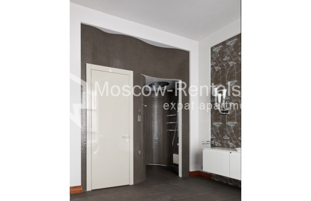 "Photo #24 7-room (6 BR) apartment <u>for a long-term rent</u> (<a href=""http://moscow-rentals.ru/en/articles/long-term-rent"" target=""_blank"">FAQ</a>)    in Russia, Moscow, Chapaevskyi lane, 3"