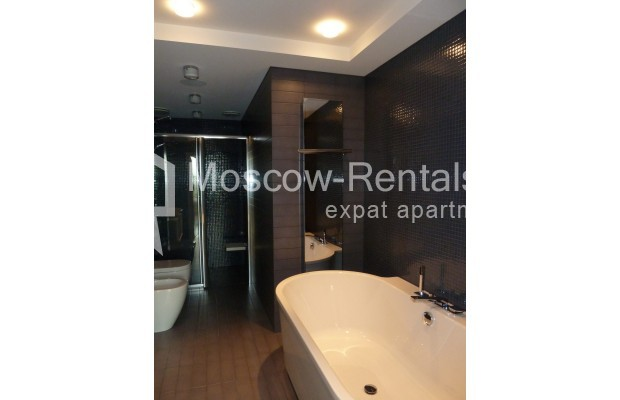 "Photo #20 7-room (6 BR) apartment <u>for a long-term rent</u> (<a href=""http://moscow-rentals.ru/en/articles/long-term-rent"" target=""_blank"">FAQ</a>)    in Russia, Moscow, Chapaevskyi lane, 3"