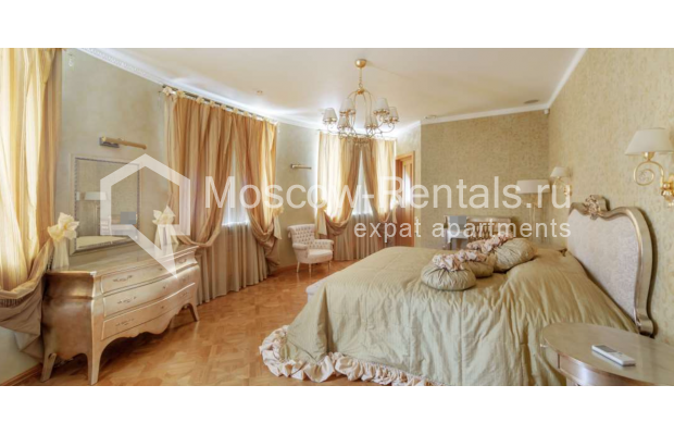 "Photo #13 7-room (6 BR) apartment <u>for a long-term rent</u> (<a href=""http://moscow-rentals.ru/en/articles/long-term-rent"" target=""_blank"">FAQ</a>)    in Russia, Moscow, Komsomolskyi prosp, 32"