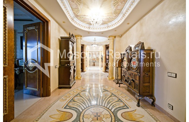 """Photo #4 6-room (5 BR) apartment <u>for a long-term rent</u> (<a href=""""http://moscow-rentals.ru/en/articles/long-term-rent"""" target=""""_blank"""">FAQ</a>)    in Russia, Moscow, Chapaevskyi lane, 3"""
