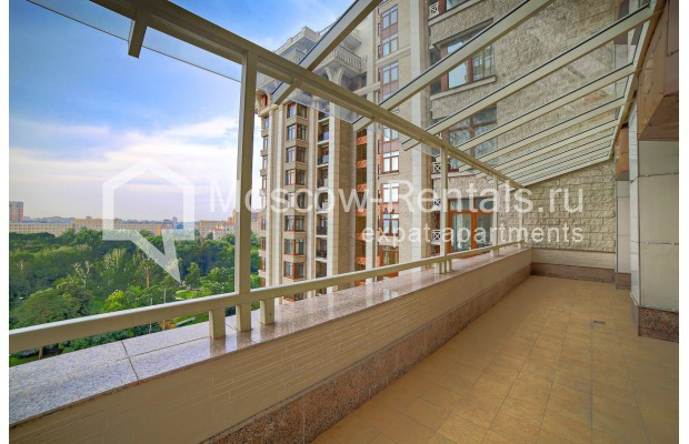 """Photo #17 6-room (5 BR) apartment <u>for a long-term rent</u> (<a href=""""http://moscow-rentals.ru/en/articles/long-term-rent"""" target=""""_blank"""">FAQ</a>)    in Russia, Moscow, Chapaevskyi lane, 3"""