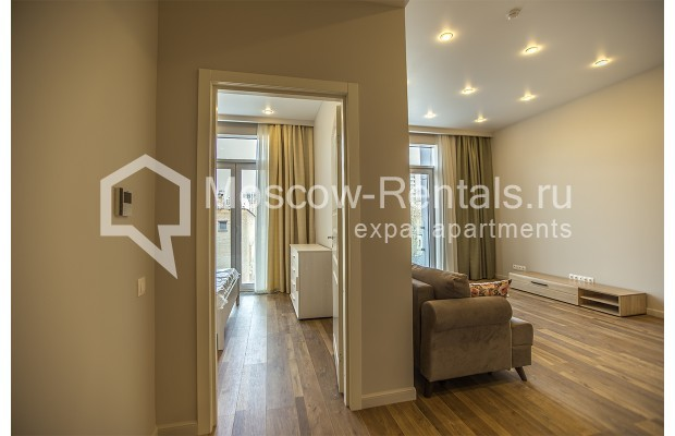 """Photo #5 2-room (1 BR) apartment for <a href=""""http://moscow-rentals.ru/en/articles/long-term-rent"""" target=""""_blank"""">a long-term</a> rent  in Russia, Moscow, Daev lane, 19"""