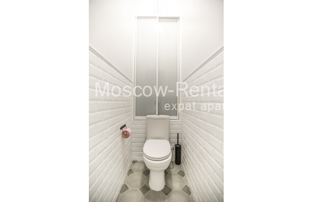 "Photo #14 3-room (2 BR) apartment <u>for a long-term rent</u> (<a href=""http://moscow-rentals.ru/en/articles/long-term-rent"" target=""_blank"">FAQ</a>)    in Russia, Moscow, Novozavodskaya str., 21"