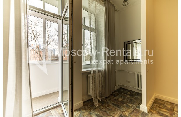 "Photo #11 3-room (2 BR) apartment <u>for a long-term rent</u> (<a href=""http://moscow-rentals.ru/en/articles/long-term-rent"" target=""_blank"">FAQ</a>)    in Russia, Moscow, Novozavodskaya str., 21"