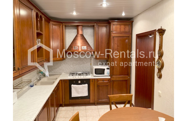"Photo #7 2-room (1 BR) apartment <u>for a long-term rent</u> (<a href=""http://moscow-rentals.ru/en/articles/long-term-rent"" target=""_blank"">FAQ</a>)    in Russia, Moscow, Chernyakhovskogo str, 2"