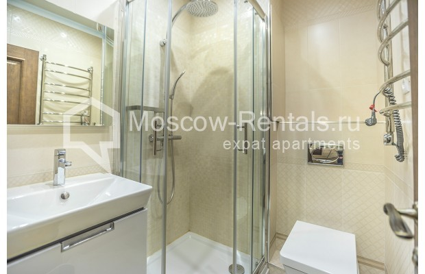 "Photo #9 3-room (2 BR) apartment <u>for a long-term rent</u> (<a href=""http://moscow-rentals.ru/en/articles/long-term-rent"" target=""_blank"">FAQ</a>)    in Russia, Moscow, Kastanaevskaya str, 45 к 2"